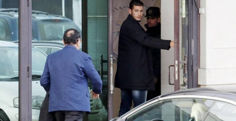 Обвинение просит 7 месяцев тюрьмы для защитника «Атлетико» задомашнее насилие