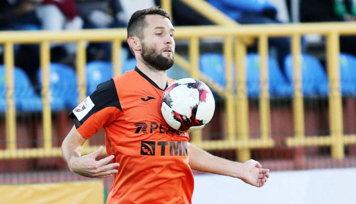 ФК «Урал» продлил договор сукраинским защитником Денисом Кулаковым