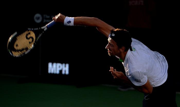 Теннисист С.Стаховский пробился вчетвертьфинал турнира вКемпере
