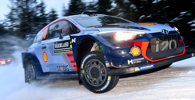 «Тойота» впервый раз за18 лет выиграла этап WRC
