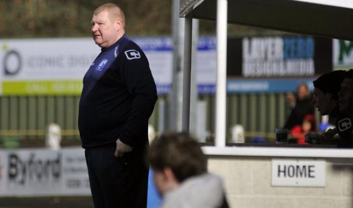 Вратарь-толстяк Саттона ел впроцессе матча с резервом