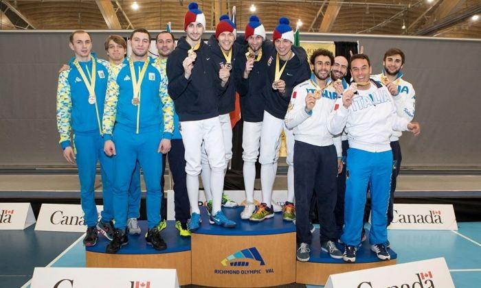 Украинские шпажисты взяли серебро этапа Кубка мира вВанкувере
