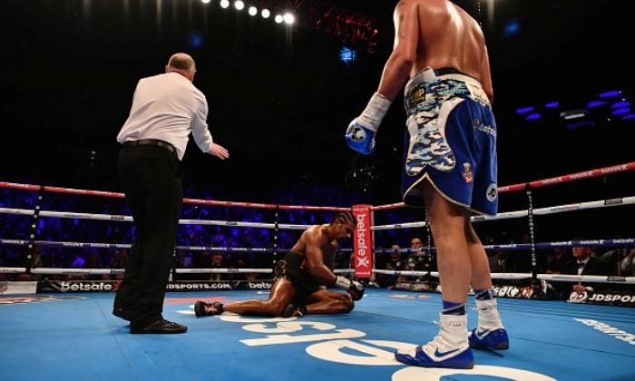 Боксер Хэй получил травму ипроиграл бой чемпиону мира Белью