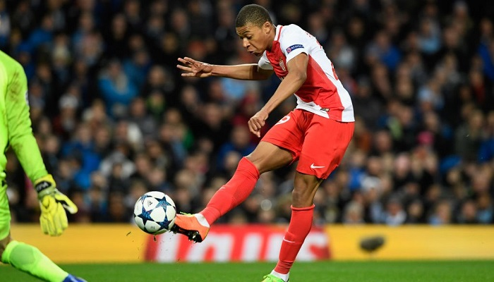 Монако намерен пожаловаться в ФИФА на клубы, общающиеся с Мбаппе