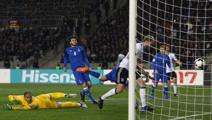 Германия спокойно обыграла Азербайджан
