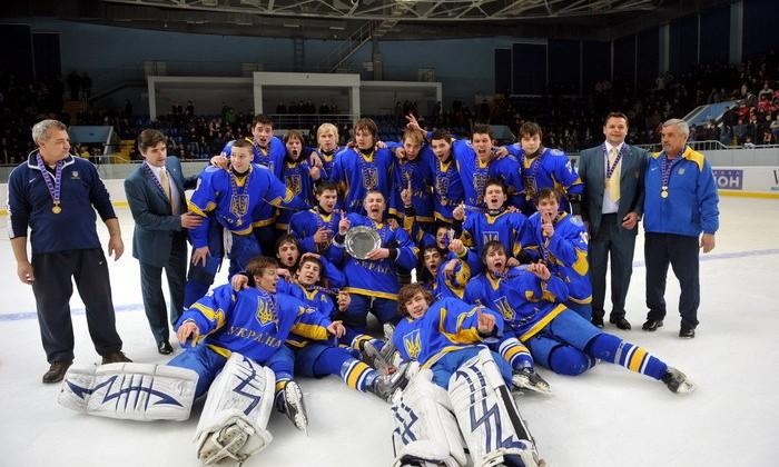Международный хоккей в Украине. Золото юниорского ЧМ 2011 в Донецке