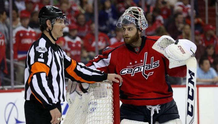 Бобровский вошел втройку претендентов на«Везина Трофи»— приз лучшему вратарю НХЛ