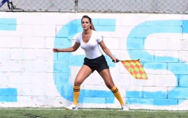 ВБразилии девушка-арбитр отсудила матч без нижнего белья