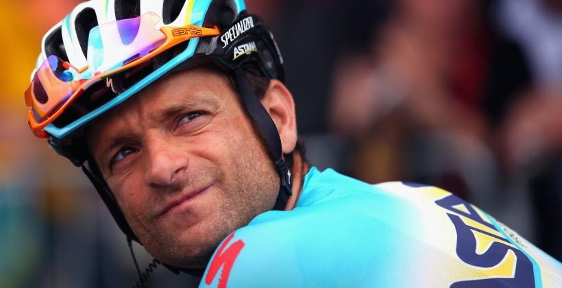 ВИталии врезультате дорожно-траспортного происшествия умер велогонщик казахстанской команды Микеле Скарпони