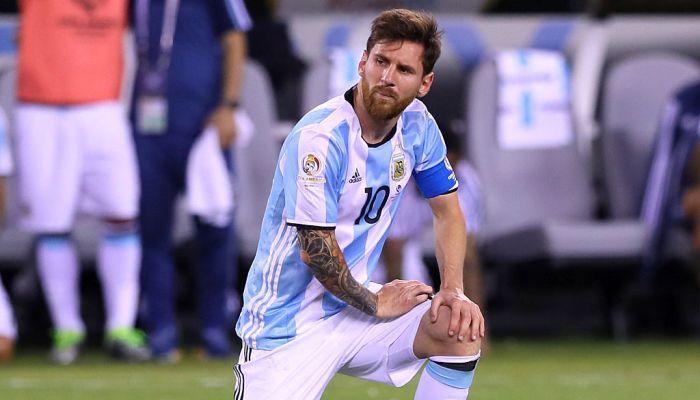 Андухар: Месси нестоит возвращаться всборную Аргентины