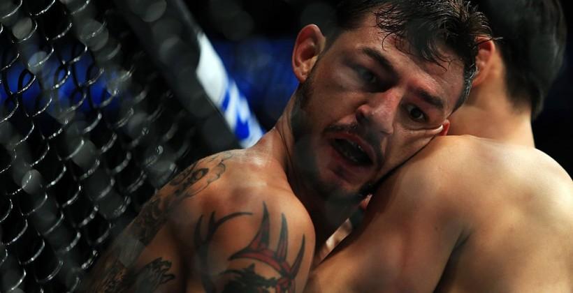 Артем Лобов проиграл Кабу Свонсону натурнире UFC