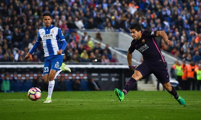 Барселона в дерби крупно обыграла Эспаньол