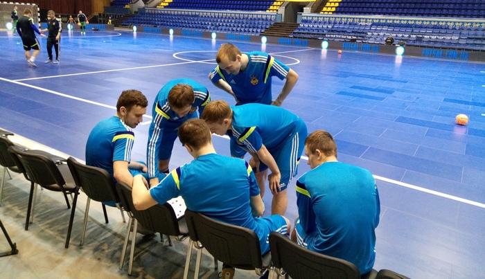 Косенко: «Вызвали Новака не только вместо Бондаря ...: http://sportgid.net/other/kosenko-vyzvali-novaka-ne-tolko-vmesto-bondarya/