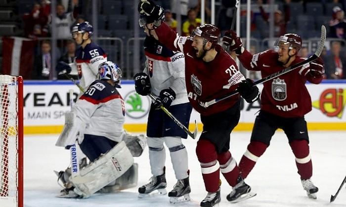 Латвия одолела Словакию иподнялась напервое место вгруппе A