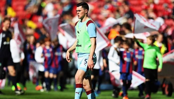 «Манчестер Юнайтед» и«Ливерпуль» претендуют назащитника «Бернли»