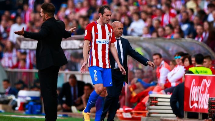 Игрока «Атлетико» дисквалифицировали доконца сезона заоскорбление судьи