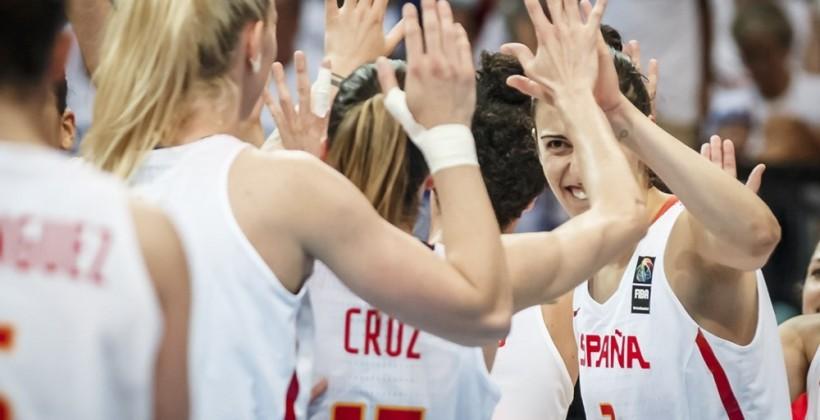 Латвийские баскетболистки уступили Испании ипоборются за5