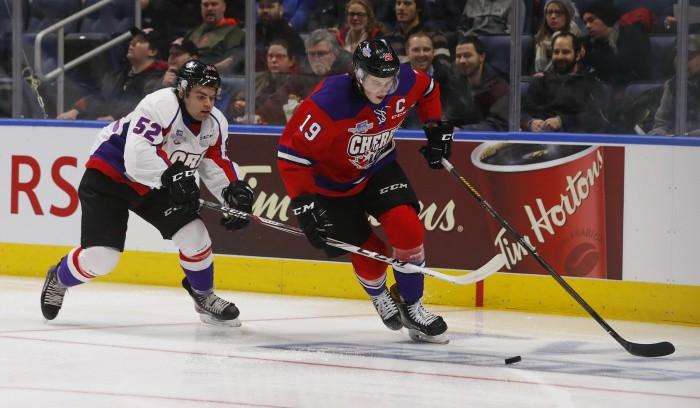 Швейцарец Нико Хишиер— 1-ый номер драфта НХЛ, канадец Патрик
