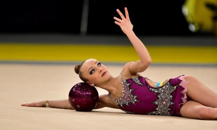 Россиянка Бравикова завоевала два золота наэтапе Гран-при похудожественной гимнастике