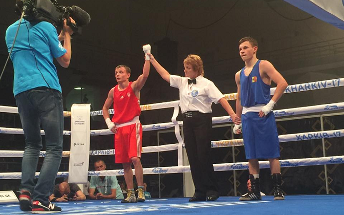 Поитогам первых поединков 1/8 финала четыре украинских боксера вышли вчетвертьфиналы
