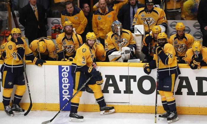 Неменее 650 тыс. наблюдателей посетили чемпионский парад хоккеистов «Питтсбурга»
