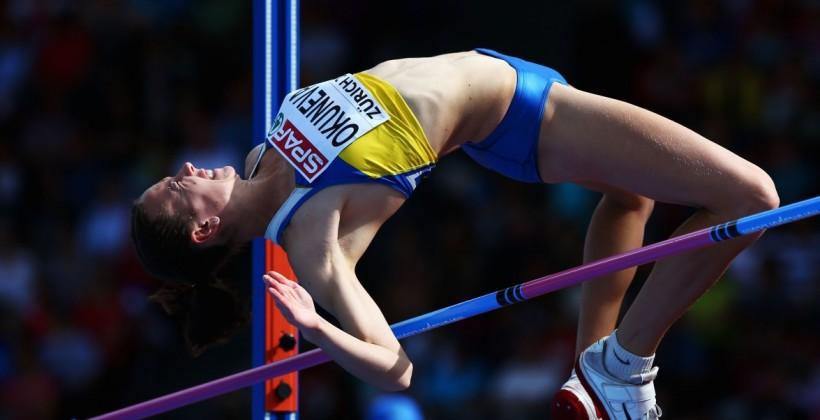 Украинка Окунева выиграла международный легкоатлетический турнир попрыжкам ввысоту