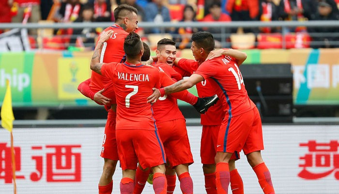 Санчес иВидаль вошли в заключительный состав сборной Чили наКубок конфедераций