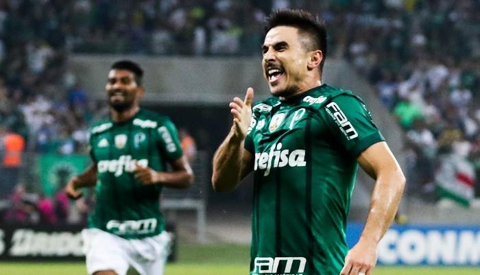 UOL Esporte: Крузейро задолжал Заре 1,5 млн евро заВиллиана Гомеса