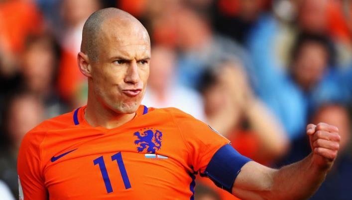 Нидерланды разгромили Люксембург впервом матче под управлением Адвокаата