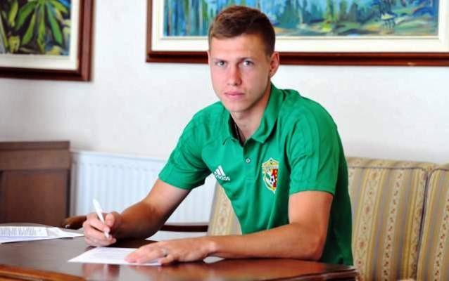 Защитник сборной Матвиенко перешел в«Ворсклу»