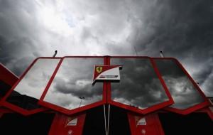 Феррари вновь проигрывает гонку обновлений