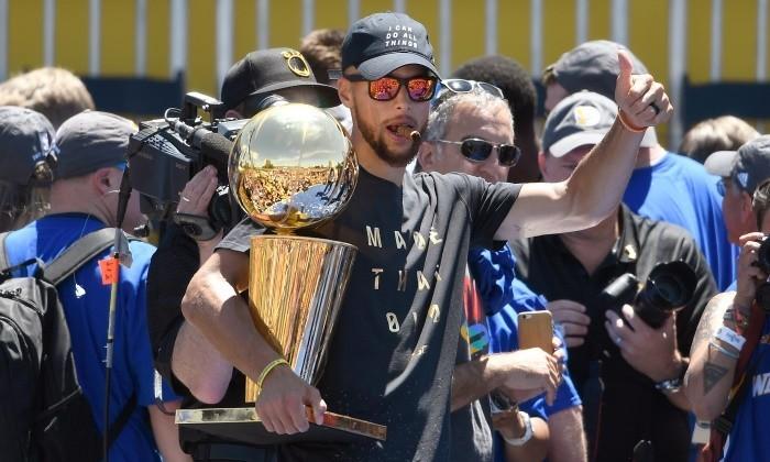 Баскетболист Карри будет самым высокооплачиваемым игроком НБА