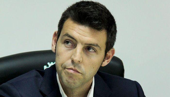 Карпаты уволят испанца Наварро в случае поражения от Динамо