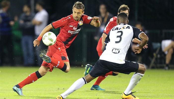 Владлен Юрченко забил гол и отдал ассист в спарринге за Байер