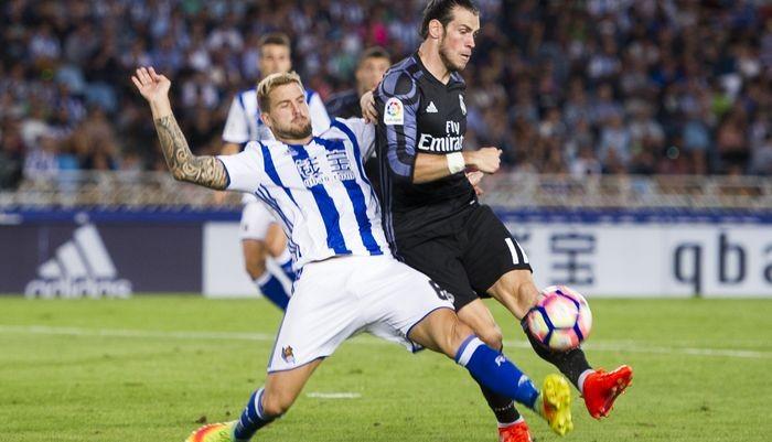 Защитник «Реала Сосьедад» Иньиго Мартинес согласился перейти в«Барселону»