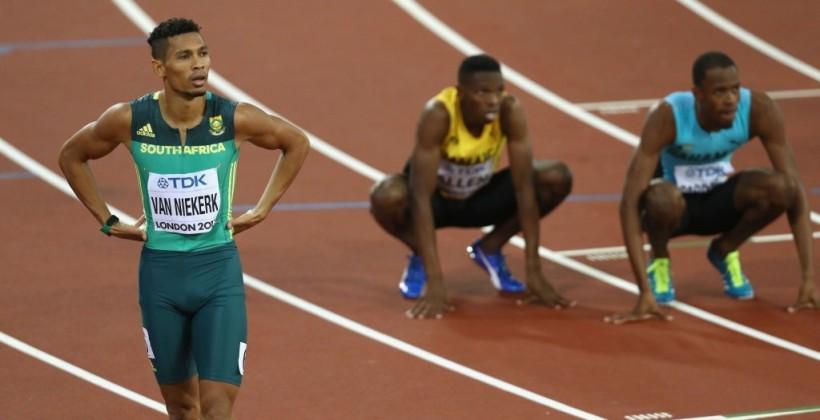 Южноафриканец Ван Никерк подтвердил звание чемпиона мира вбеге на400 метров