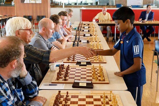 Каспаров проиграл турнир вСент-Луисе