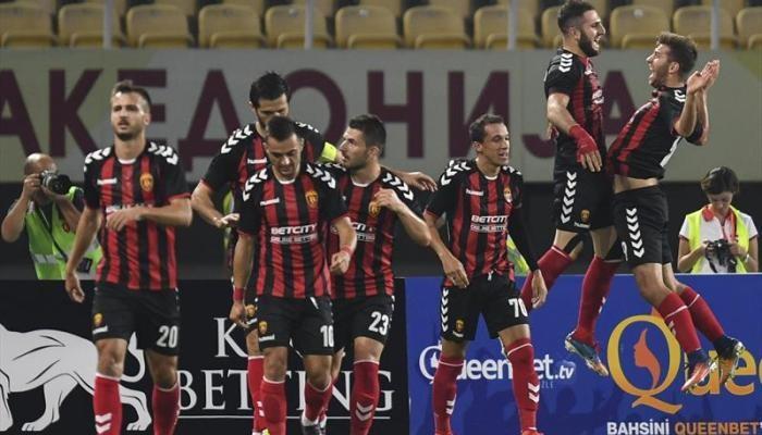 «Фенербахче» сенсационно проиграл македонскому «Вардару» вквалификации Лиги Европы