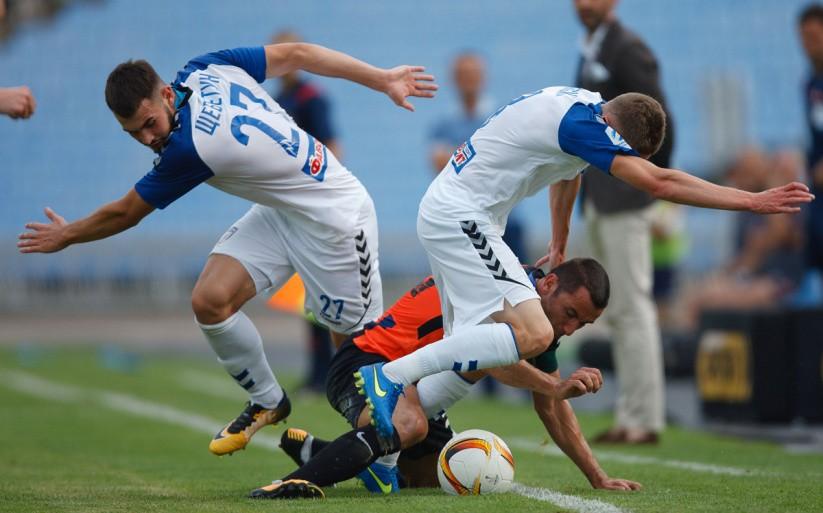 «Карпаты» обыграли «Сталь» вПремьер-лиге: видеообзор матча