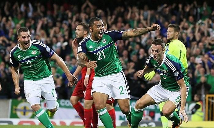 Северная Ирландия обеспечила место в плей-офф