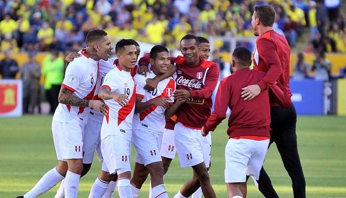 Перу прорвался в зону команд, выходящих на ЧМ