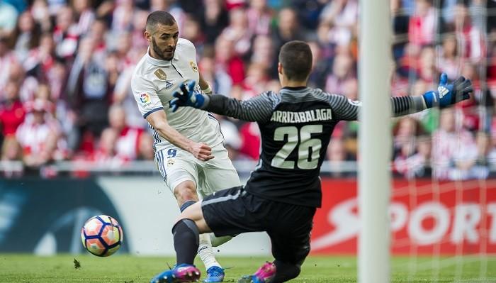 Зидан одобрил переход в Реал кипера Атлетика