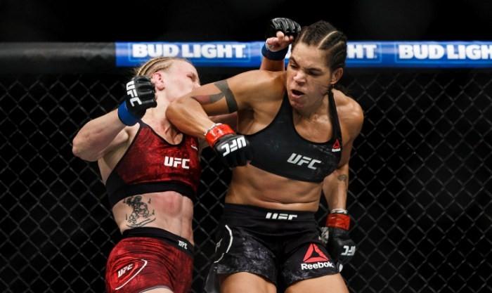 UFC 215: Нуньес одолела Шевченко исохранила чемпионский пояс