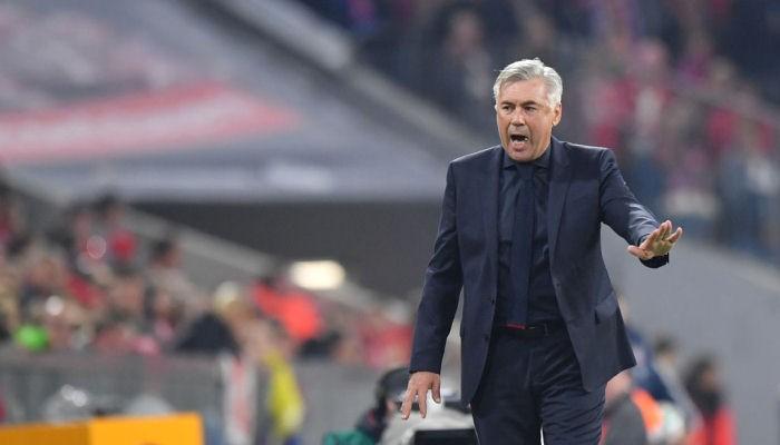 Бавария осталась без главного тренера