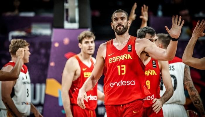 Сборная РФ  побаскетболу стала полуфиналистом чемпионата Европы