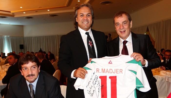 Лукас Алькарас уволен споста основного тренера сборной Алжира
