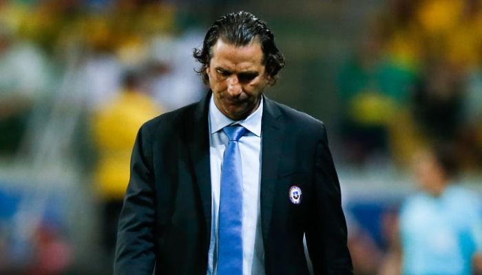 Тренер сборной Чили Пицци уходит вотставку