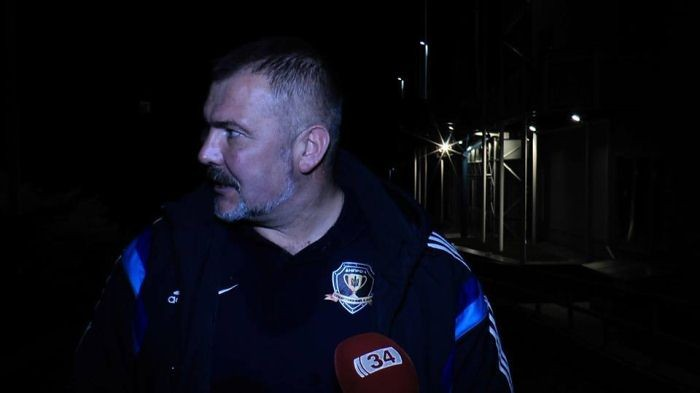 Драка фанатов, сожженная символика иизбитый народный депутат Береза— Днепровское дерби