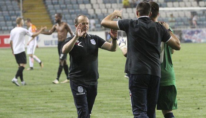 «Динамо» сенсационно проиграло «Черноморцу» ипозволило «Шахтеру» уйти вотрыв
