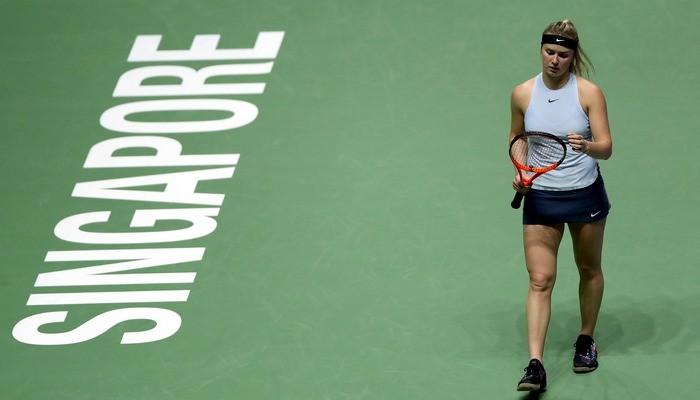 Каролина Возняцки одолела Элину Свитолину наитоговом турнире WTA вСингапуре